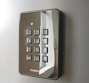 入室管理(ICカード&テンキー)